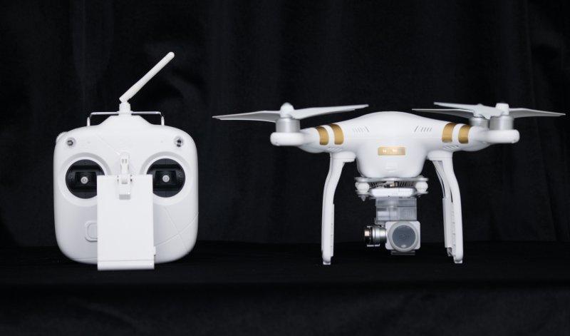 DJI Phantom 3 SE Unboxing: Featuring a 4k Camera