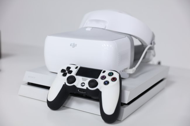 Watching Movies and Playing Games on the DJI Goggles